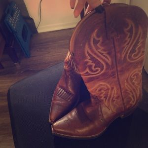 Ariat women's cowboy boots 7.5